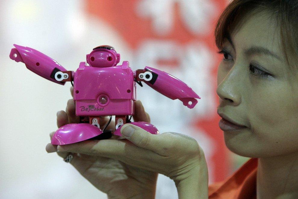 Робот-гуманоид в мире — «Be-Robot»