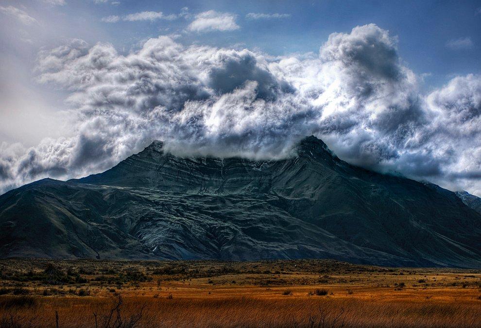 Анды в облаках