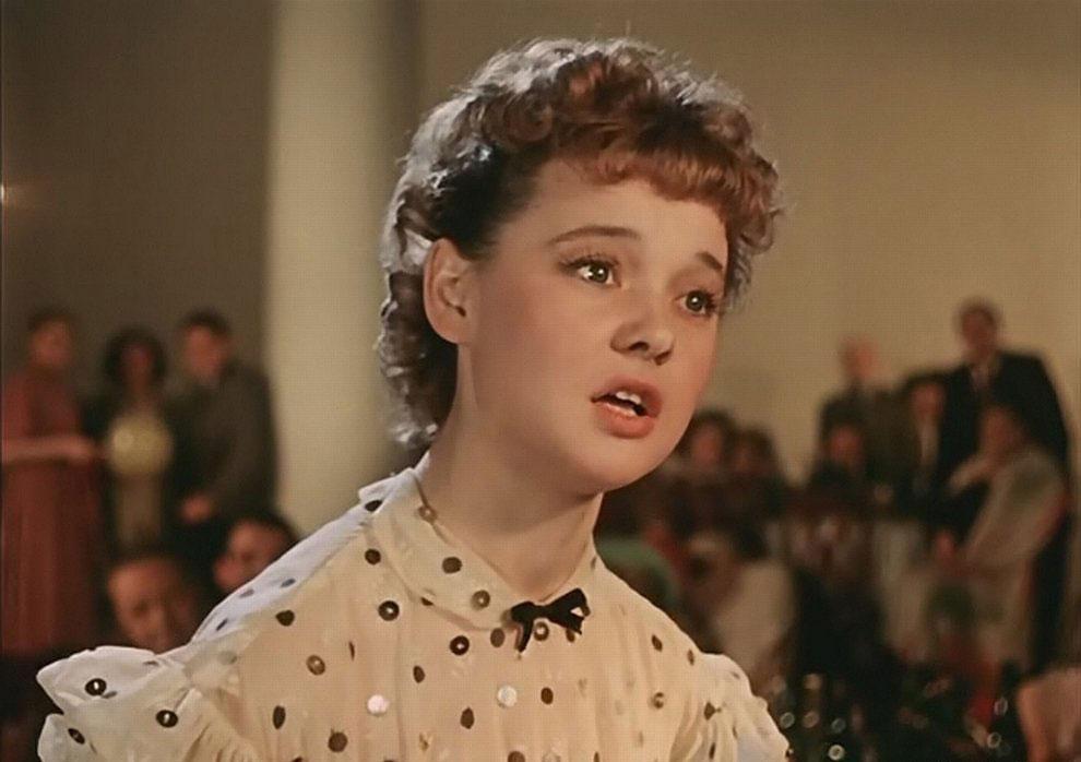 Умерла легенда советского кино Людмила Гурченко
