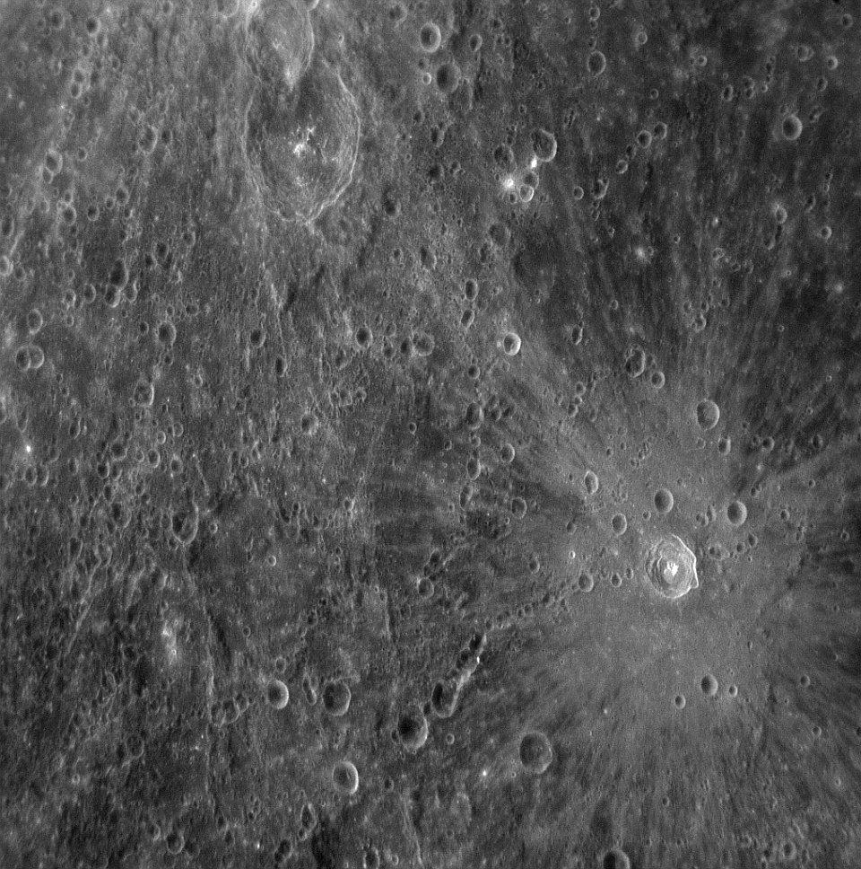 Первые снимки Меркурия