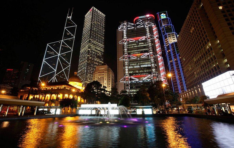 Час Земли в центре Гонконга