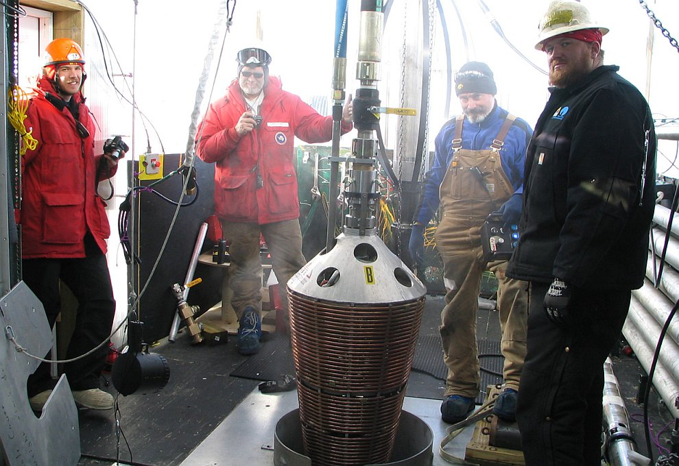 Бур на детекторе нейтрино IceCube