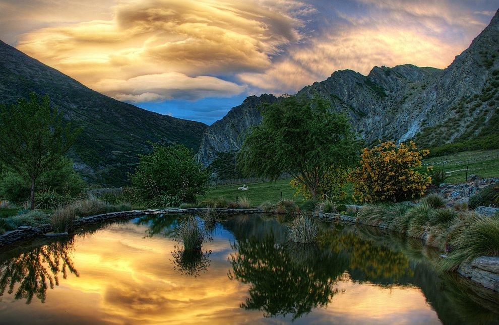 Пруд на закате, Новя Зеландия