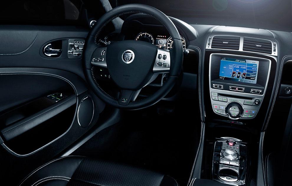 Jaguar XK/XKR Coupe