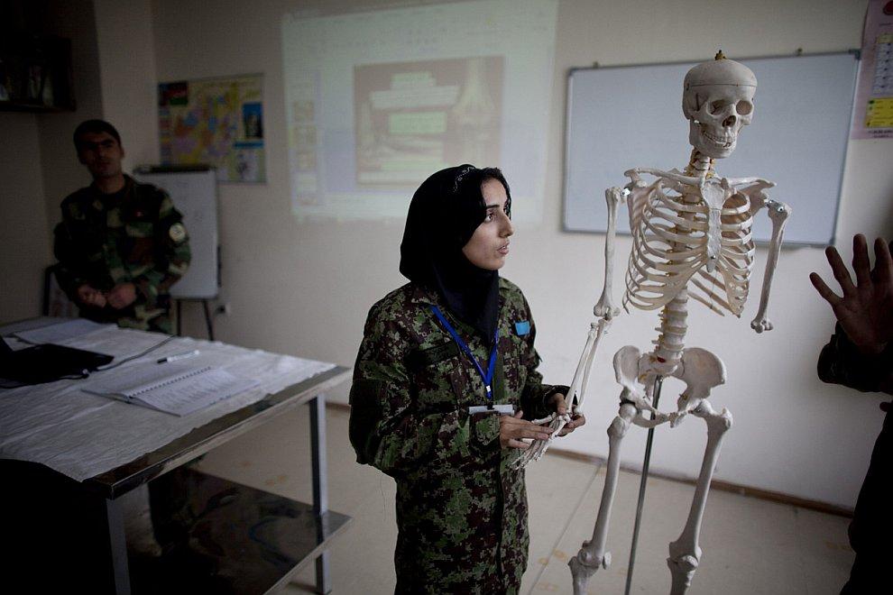 Афганистан в апреле 2011: сцены из жизни