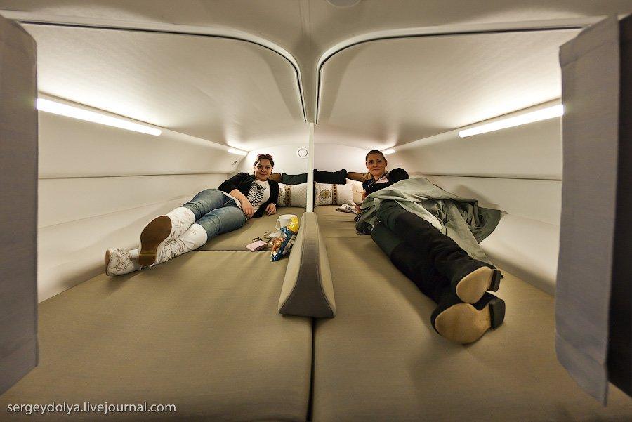 Самолет нового поколения Boeing 787 Dreamliner