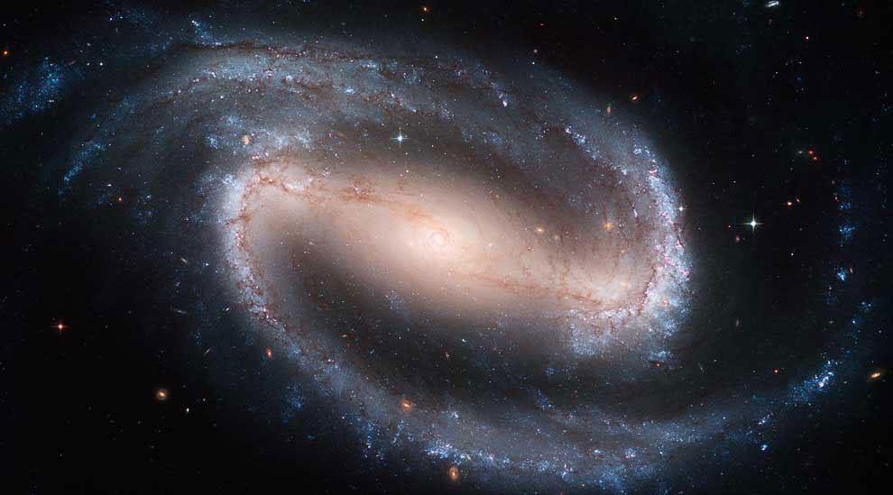 NGC 1300 – спиральная галактика