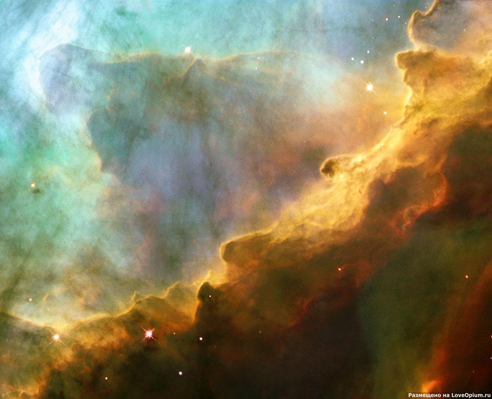 Шторм из турбулентных газов в туманности Лебедя