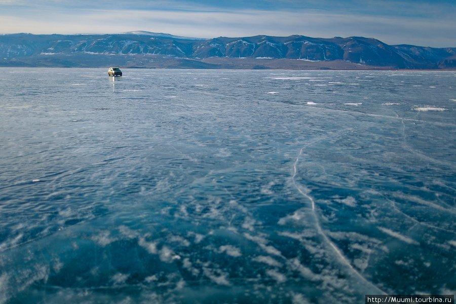 Ледовая переправа на Байкале