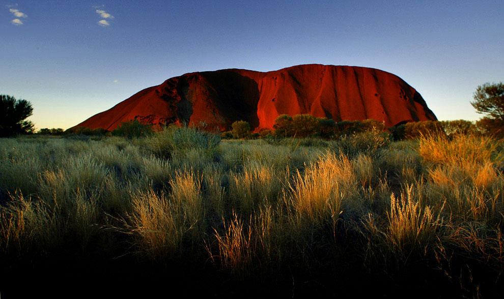 Улуру́ (Айерс-Рок) в Австралии