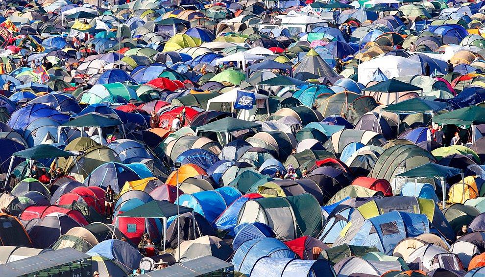 Крупнейший в Европе музыкальный фестиваль Гластонбери