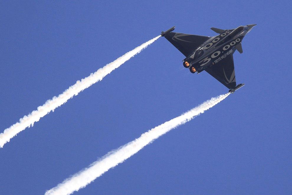 Истребитель 4 поколения Dassault Rafale