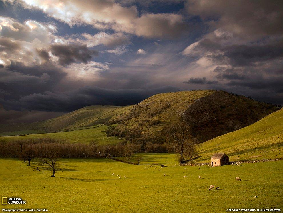 Перед грозой, Англия