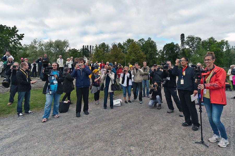 Чемпионат мира по метанию мобильных телефонов 2011