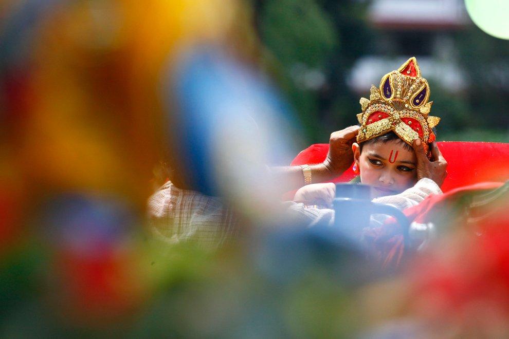 День рожденья Кришны — красочный праздник