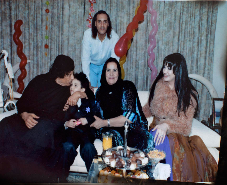 Полковник Муаммар Каддафи, его сын Ганнибал Каддафи