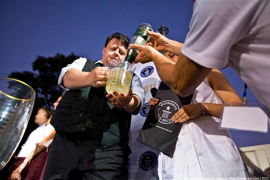 День рождения шампанского и новый рекорд Гиннеса