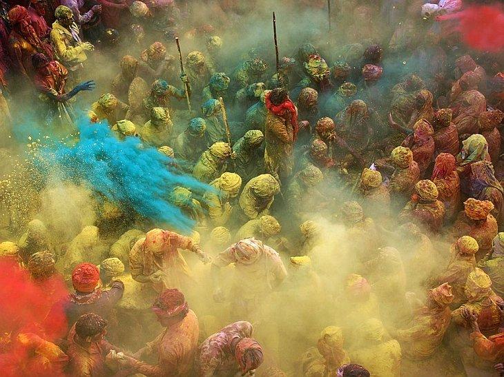 Празднование Холи в Индии