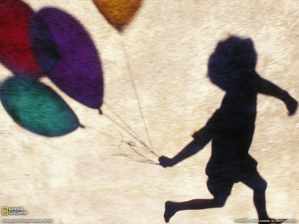 Мальчик с воздушными шарами, Индия