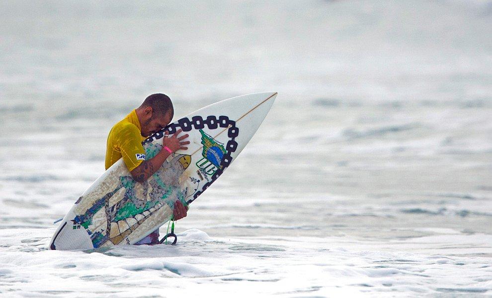 Серфинг: на гребне волны