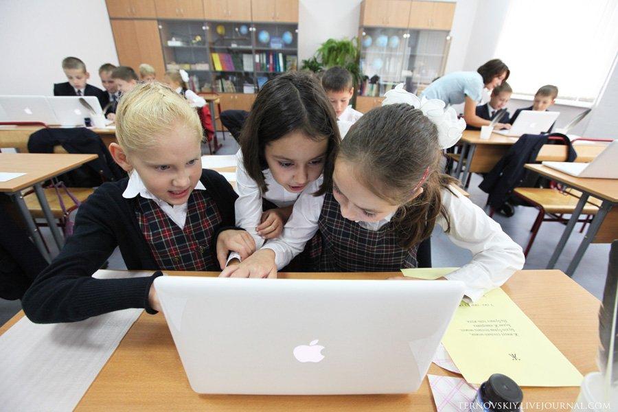 Как выглядит современная московская школа