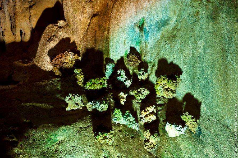Мраморная пещера в Крыму