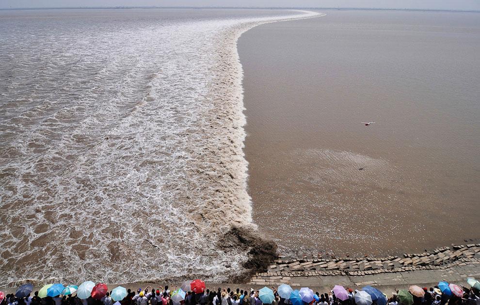 Прилив на реке Цяньтан