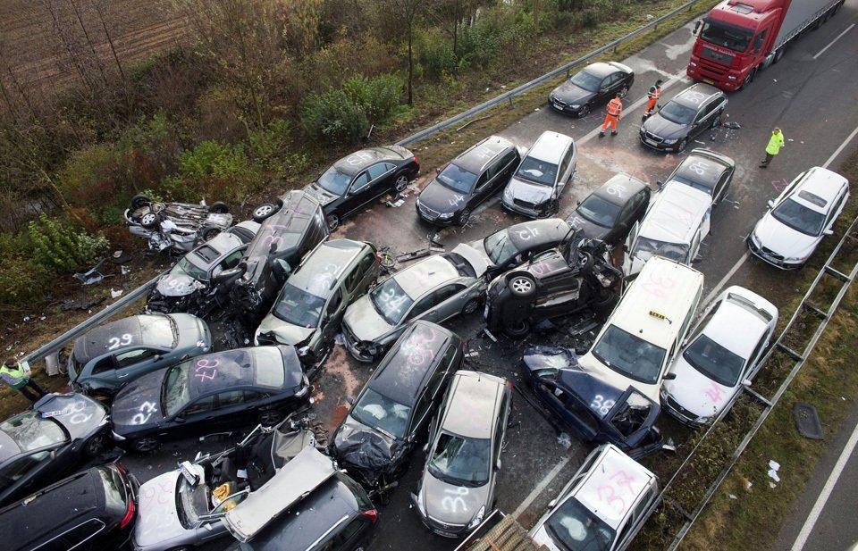 Крупное ДТП на немецком автобане