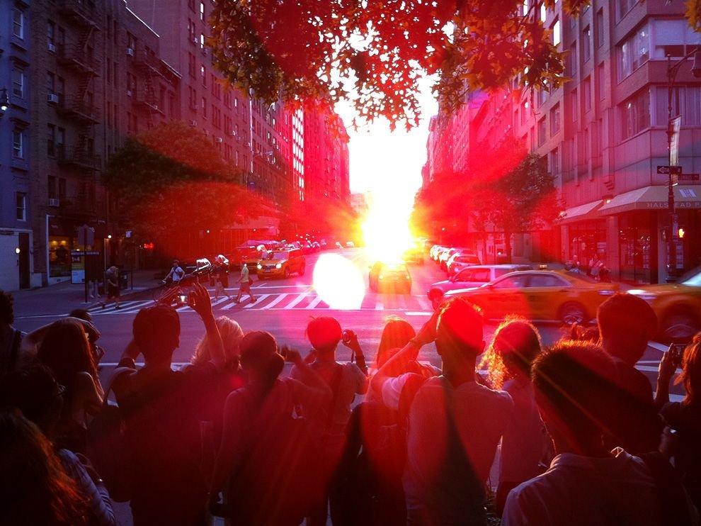 Летнее солнцестояние на Манхеттене, Нью-Йорк