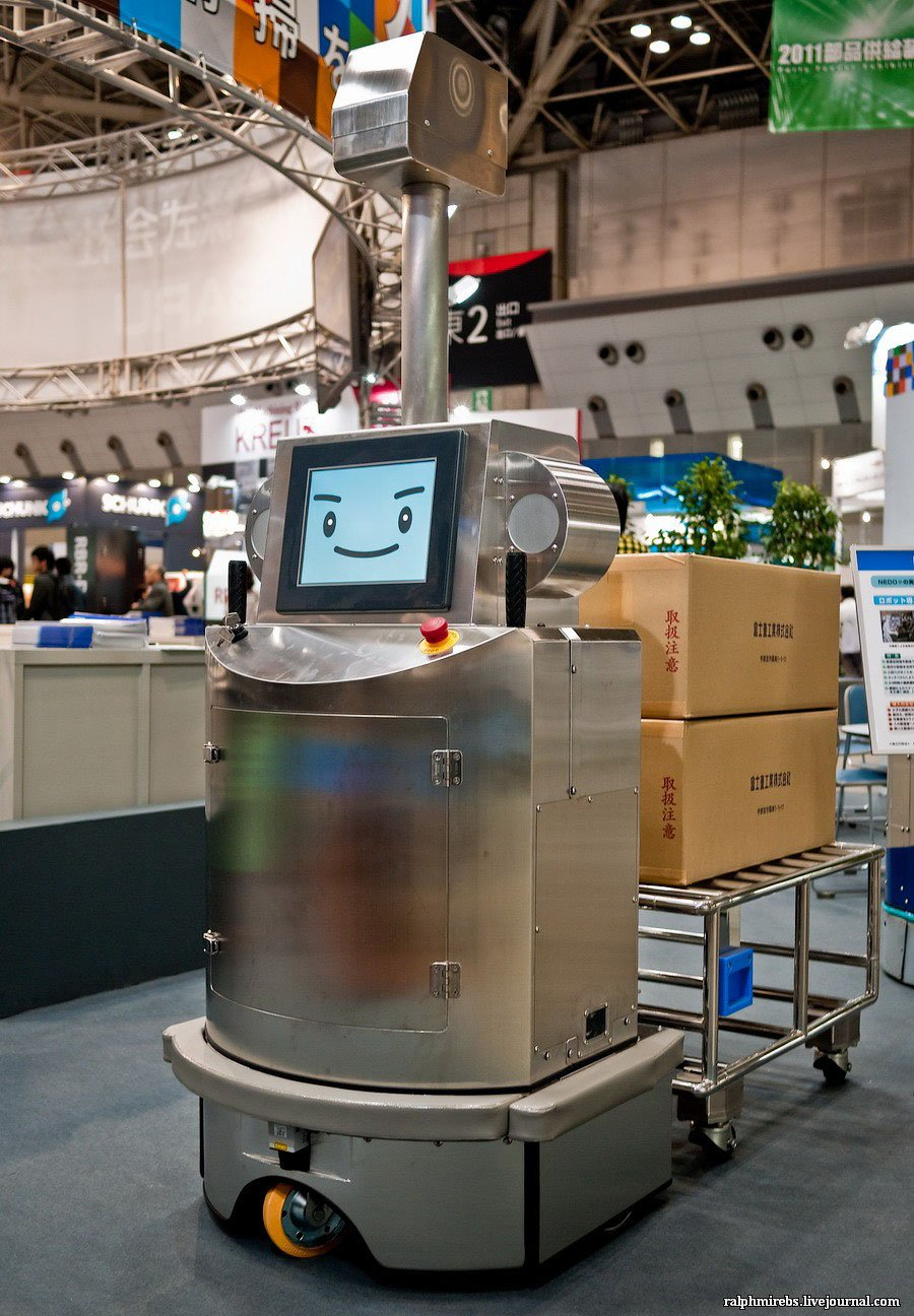 Международная выставка роботов в Токио