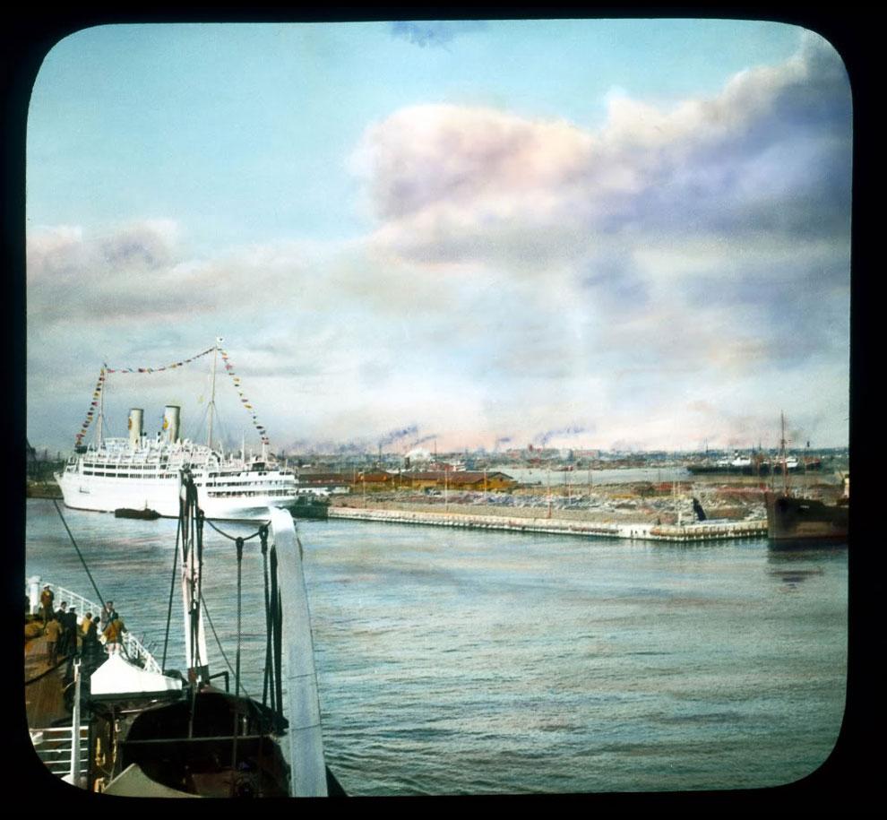 Цветные фотографии Ленинграда довоенного времени