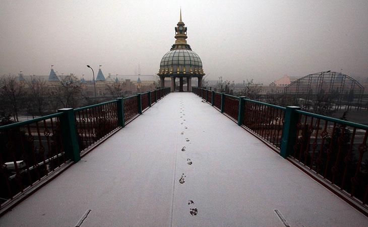 Заброшенный парк развлечений «Страна чудес» в Китае