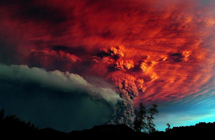 Извержения вулканов в 2011 году