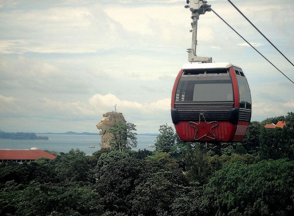 Канатная дорога на остров Сентоза (Сингапур)