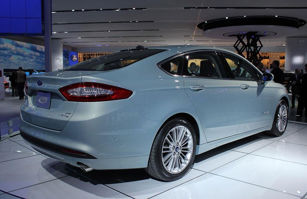 Ford Fusion (Mondeo), модель 2013 года