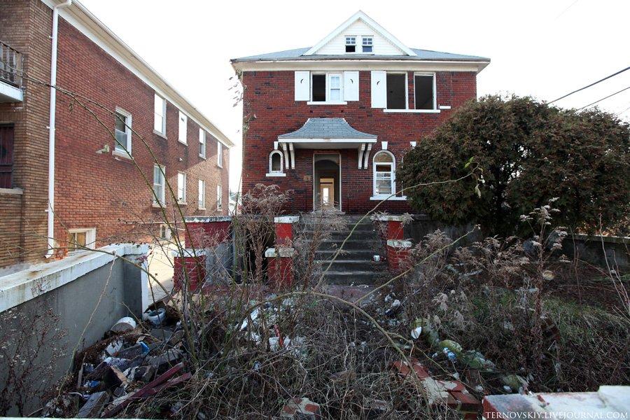Заброшенный город Детройт