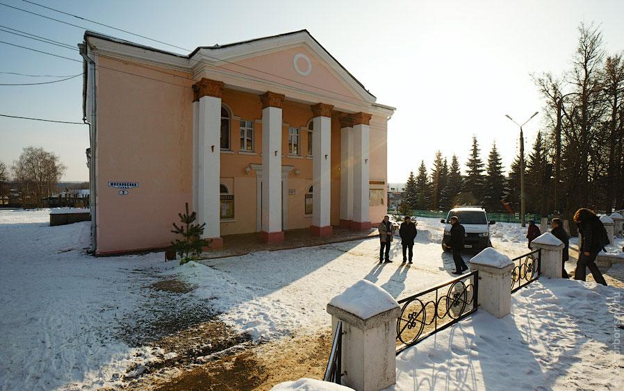 Установка вэб-камер на избирательных участках перед выборами Президента