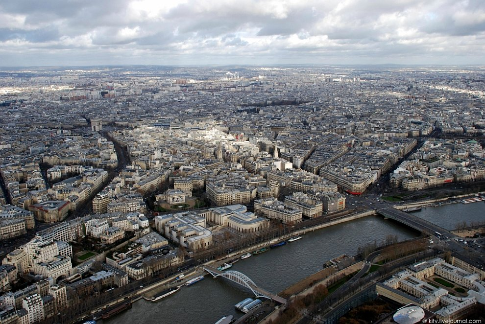 Виды Парижа с высоты Эйфелевой башни