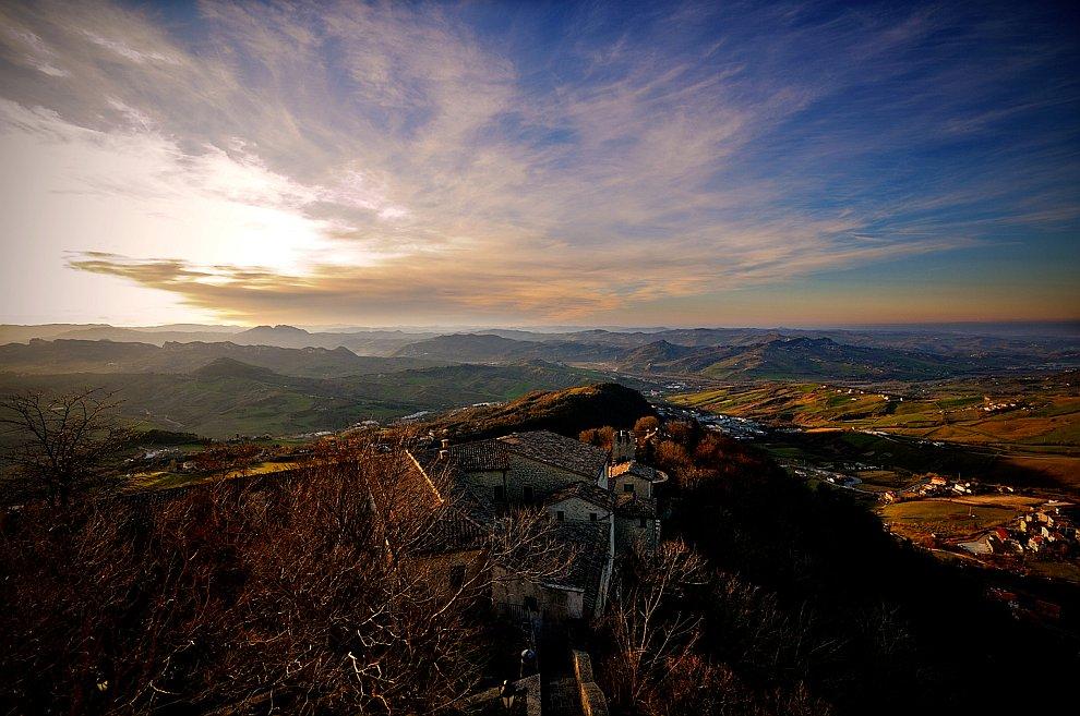 Сан-Марино — одно из самых маленьких государств в мире
