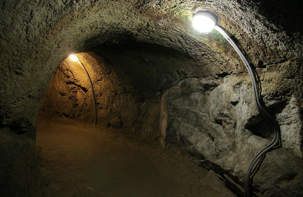 Зноймовские катакомбы (Зноймо, Чехия)