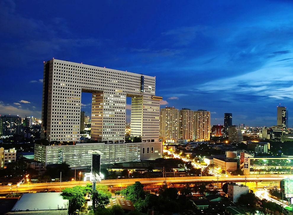 Здание-слон в Бангкоке