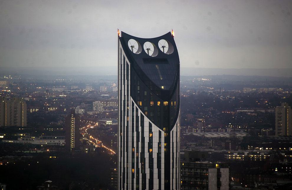 Небоскреб с ветряной электростанцией в Лондоне