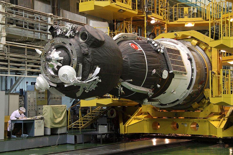 Подготовка космического аппарата «Союз ТМА-20»