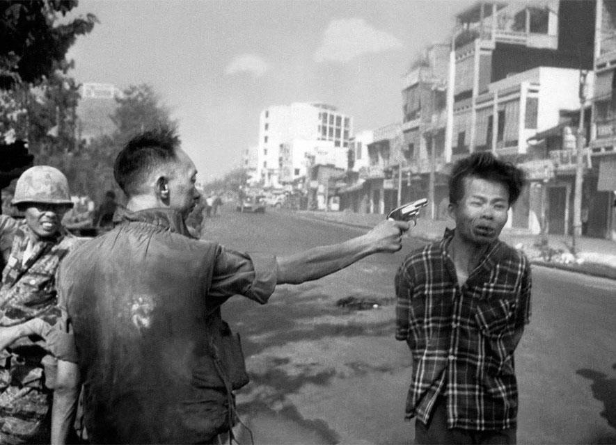 Знаменитое и трагическое фото из жизни Сайгона