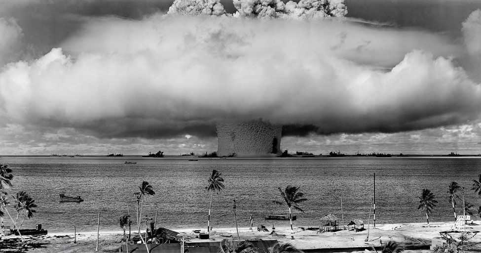 Подводный ядерный взрыв Baker