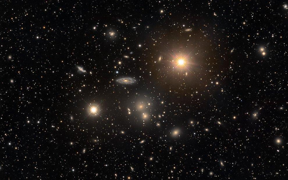 Скопление галактик в Гидре