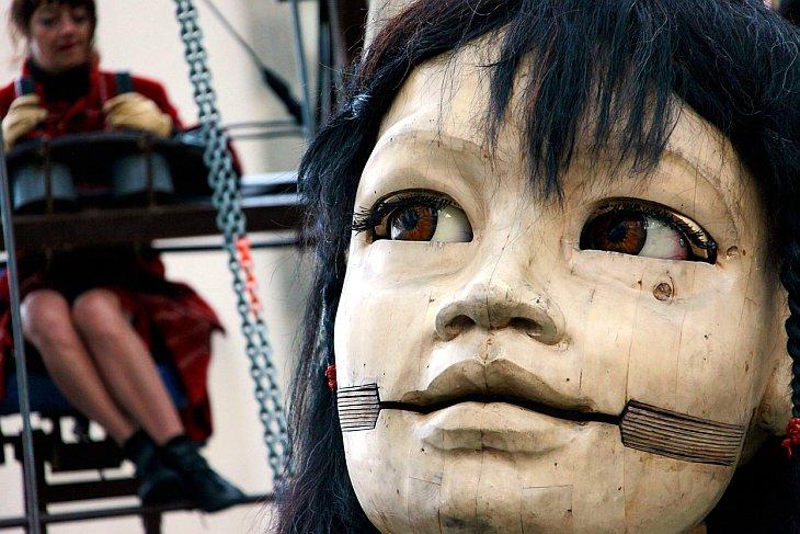 Роял де Люкс — театр механических гигантских марионеток