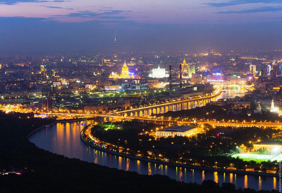 Звезда МГУ: фотографии с одного из самых недоступных мест в Москве
