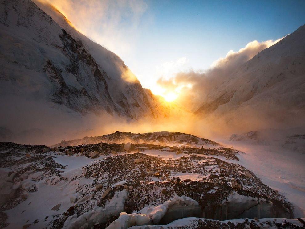 Закат на горе Эверест