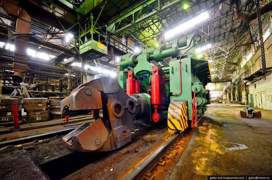 Экскурсия на крупнейшее машиностроительное предприятие
